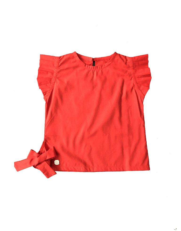 Blusa-con-bobos-en-manga-Roja