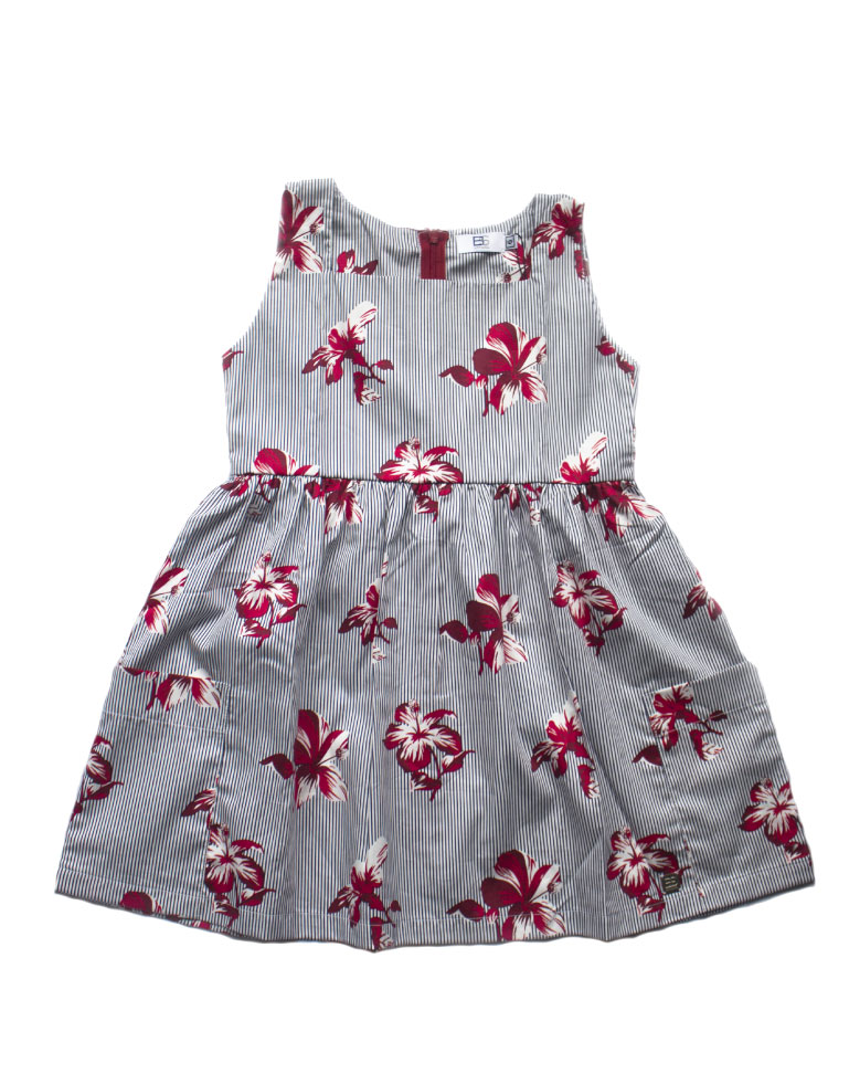 Vestido-rayas-y-flores-rojas